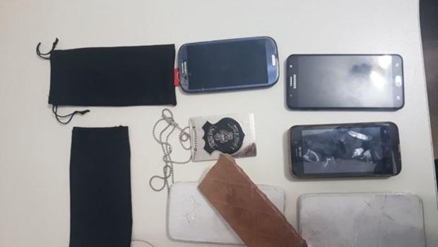 Polícia de Goiás prende quadrilha que vendia celulares feitos de gesso