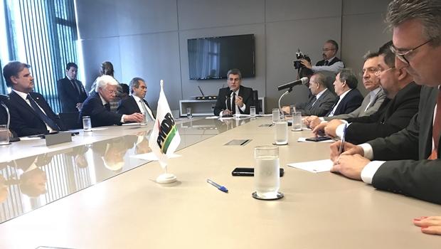Executiva nacional do PMDB fecha questão a favor da reforma da Previdência