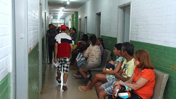 Lista de pacientes que esperam vaga para atendimento em Goiás será divulgada na internet