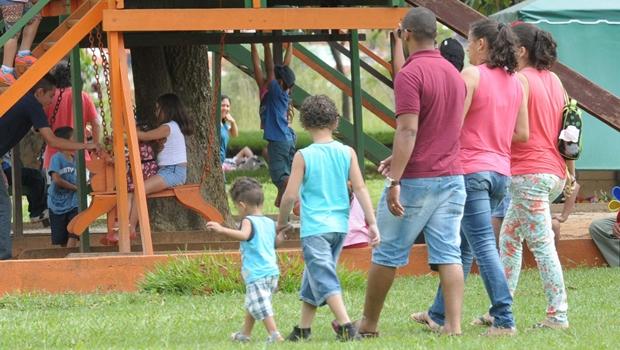 Projeto de lei propõe criação de centro de apoio a autistas em Goiás