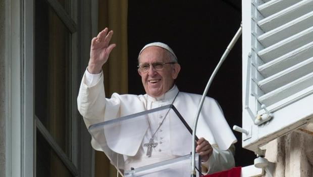 Ao defender a união civil entre gays, o papa Francisco atualiza a Igreja Católica