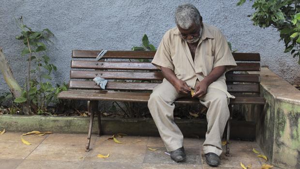 Sem repasse da Prefeitura, abrigos para idosos podem fechar