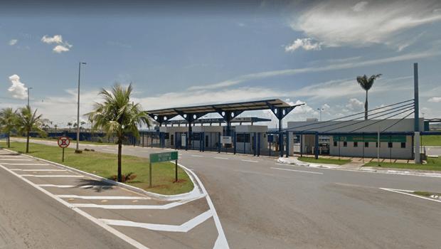 Homem atropelado em ponto de ônibus na GO-020 morre em Goiânia