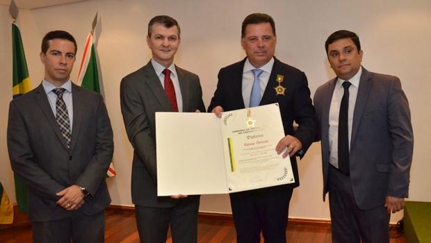 Marconi Perillo recebe quarta homenagem de servidores públicos em 2018