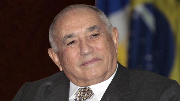 Siqueira Campos desiste de disputar Senado e anuncia fim da carreira política