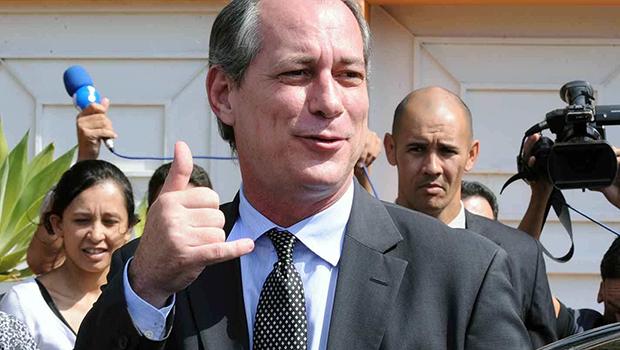 PDT oficializa candidatura de Ciro Gomes a presidente