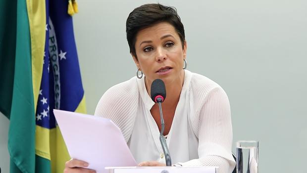Advogados vão ao STF contra posse de Cristiane Brasil