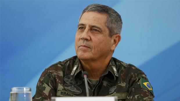 Ministro da Casa Civil, general Braga Netto testa positivo para Covid-19