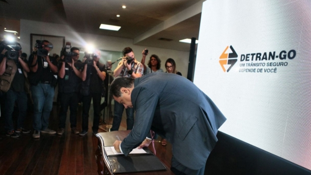 Detran-GO irá permitir que multas e IPVA sejam parcelados a partir de março