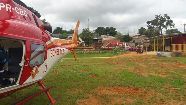 Helicóptero dos Bombeiros socorre idoso atropelado em Goiânia