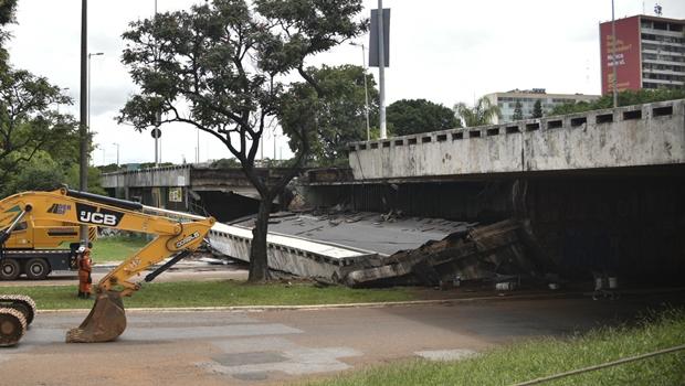 Após queda de viaduto, Novacap e DER-DF fiscalizam obras