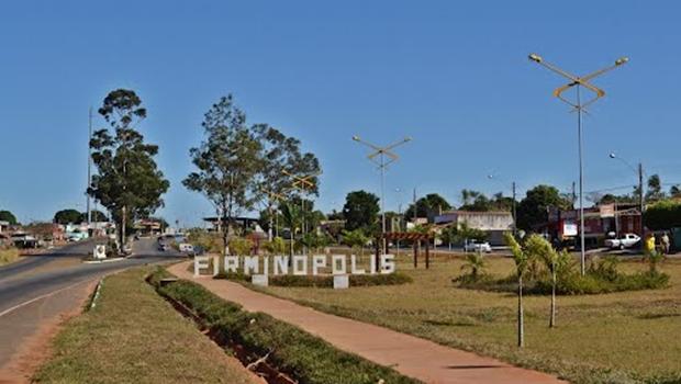 Liminar determina paralisação da obras de igrejas em áreas públicas de Firminópolis
