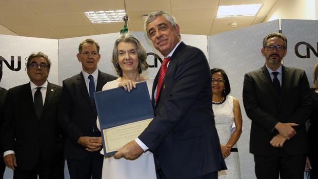 TJ-GO é premiado como tribunal com maior índice de conciliação do Brasil