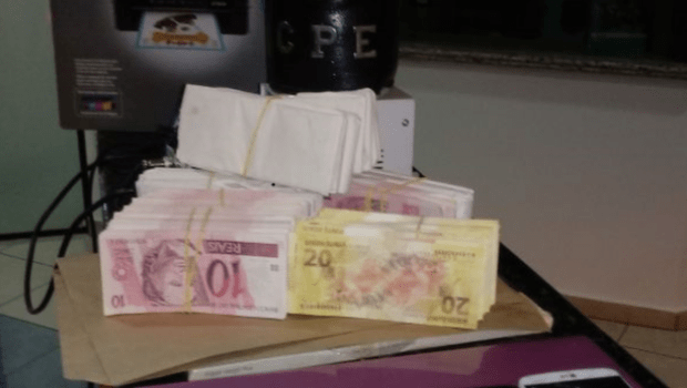 PM-GO apreende mais de R$ 30 mil em notas falsas que seriam vendidas pela internet