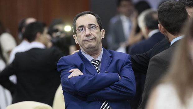 """O Brasil inteiro tem nojo de Gilmar Mendes"", disse Kajuru"