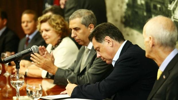 """Marconi convalida incentivos fiscais em Goiás e diz que assunto é """"página virada"""""""