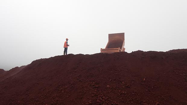 Mineradora Anglo American, que tem unidades em Goiás, paralisa atividades