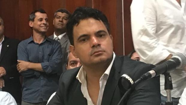 Fausto Mariano ├® expulso do MDB Goi├ís por unanimidade