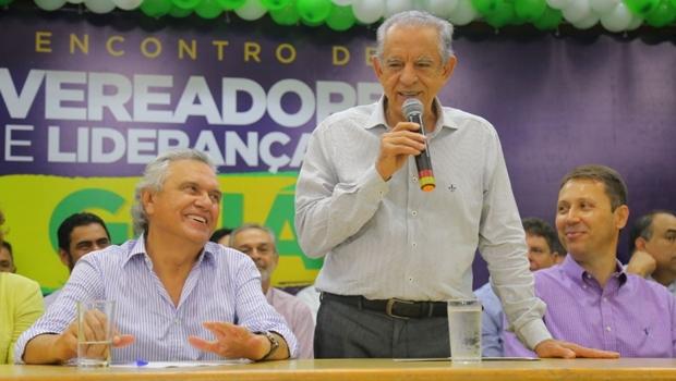 """Aos gritos de """"Iris é Caiado"""", prefeito diz que irá unir oposição"""