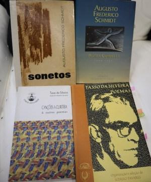 Os livros de Schmidt e Tasso podem ser encontrados em edições antigas e atuais