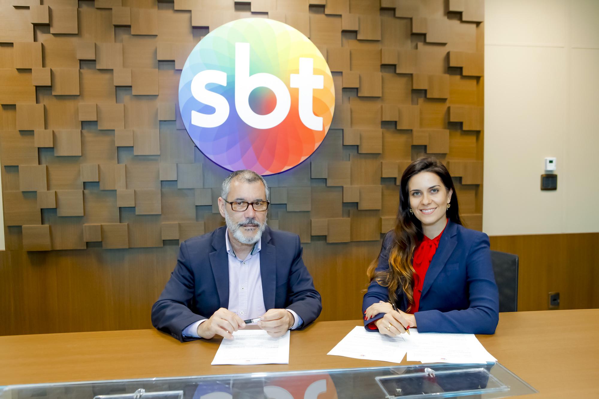 Débora Bergamasco vai apresentar programa de entrevistas no SBT
