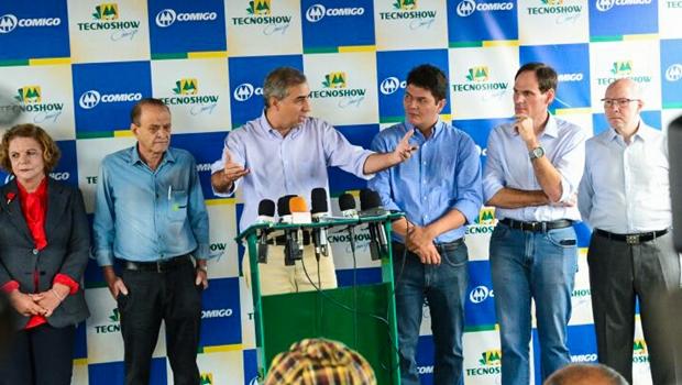 """Em Rio Verde, José Eliton participa da """"Tecnoshow"""" e destaca parceria com setor agropecuário"""