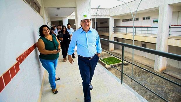 Marconi encerra última semana de governo com entrega de R$ 1,3 bilhão em obras