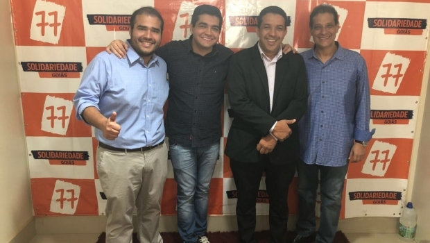 Tayrone di Martino apoia Dhone Rodrigues e Lucas Vergílio para deputado