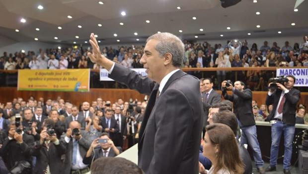 José Eliton é único candidato a governador a crescer nas pesquisas