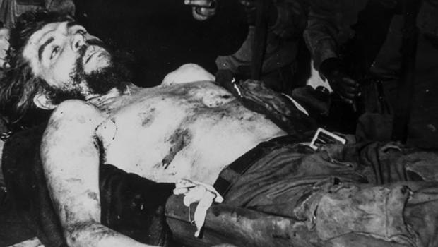 Fidel Castro criou transnacional da pistolagem para matar executores de Che Guevara