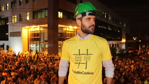Líder do Vem Pra Rua Goiás se afasta do movimento para se dedicar a projeto político
