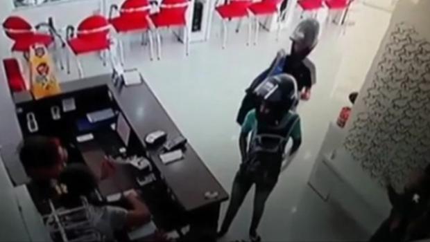 Usar capacete dentro de estabelecimentos em Goiânia pode ser proibido