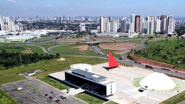 Polícia prende suspeito de começar queimada nas proximidades do Centro Oscar Niemeyer