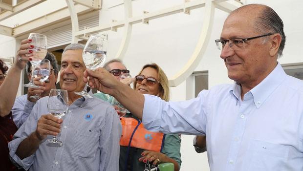 """Presença """"modesta"""" de Alckmin em pesquisa pode abrir caminho para Meirelles"""