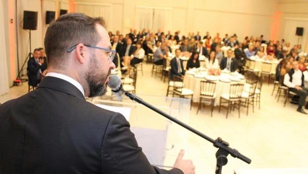 Advogados denunciam uso de recursos da OAB-GO para propaganda pessoal do presidente