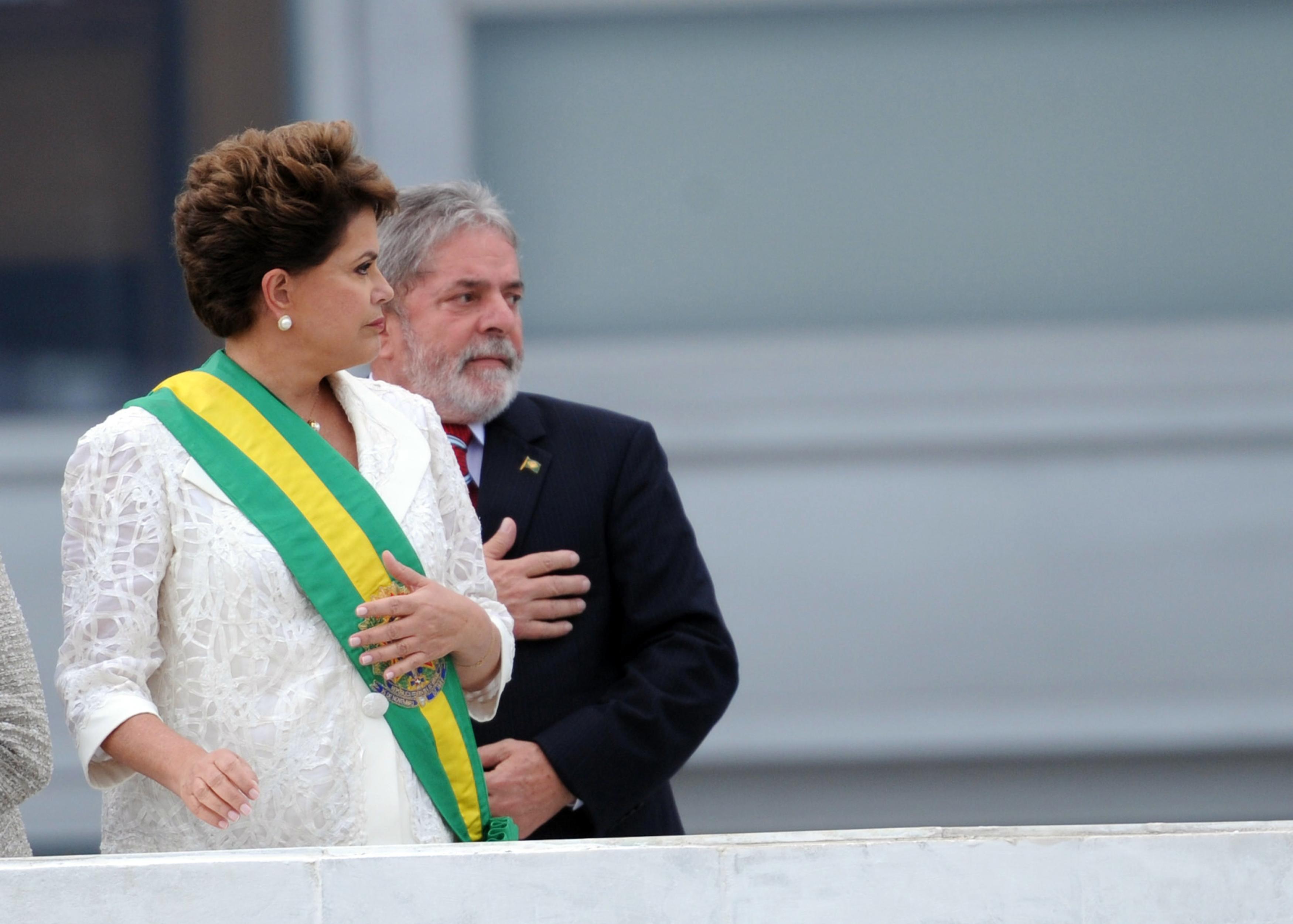 """Lula: """"Você vai passar para  a história como a única presidente que nem os ministros defenderam"""""""