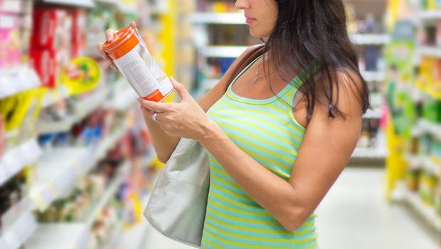 Escolha melhor os alimentos que você compra no supermercado, alerta especialista