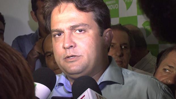 Prefeito de Anápolis decide não intervir em eleição na câmara e candidatos comentam