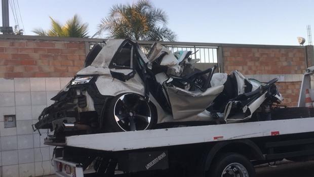 Sobrevivente de acidente provocado por racha tem alta em Goiânia