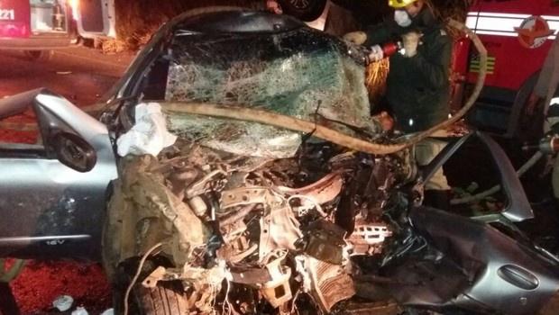 Quatro pessoas morrem e duas ficam feridas em acidente na GO-184