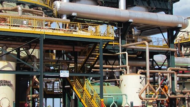 Após desbloqueio de rodovias, usinas de etanol voltam a funcionar em Goiás