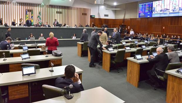 Projeto que cria novos cartórios em Goiás recebe emendas e chega na CCJ