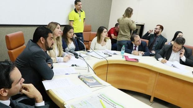 CCJ aprova projeto para carreira dos procuradores sem emenda polêmica