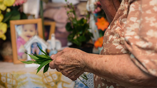 Benzedeiras de Goiânia mantêm tradição de cura pela fé