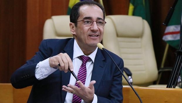 Kajuru afasta possibilidade de se licenciar da Câmara de Goiânia