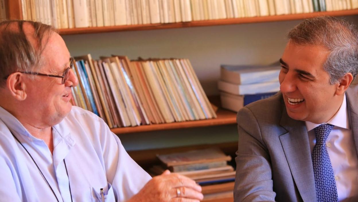Na Diocese de Goiás, José Eliton discute digitalização de arquivo existente desde 1749