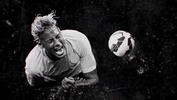 Atordoado, Neymar erra ao tentar responder críticas fora de campo