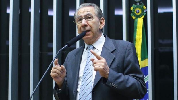 """O Popular """"importa"""" barriga do Estadão; Alckmin não afastou Marconi de sua coordenação política"""