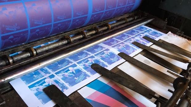 MP descobre gráfica clandestina usada para imprimir material de campanha de Caiado