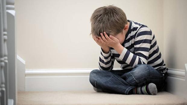 Depressão entre crianças aumenta e preocupa pais. Saiba como evitar quadro